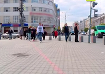 В Кремле одобирил идею с красной линией для туристов в Москве
