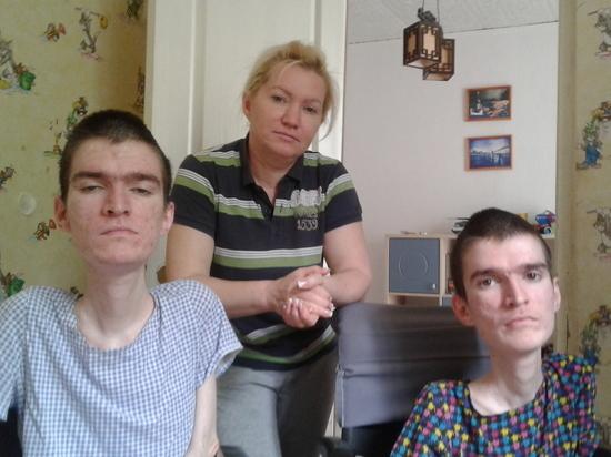 загадка про перчатки и двух инвалидов