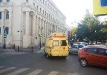 Чиновники на улице: поступил звонок о минировании здания Областной администрации