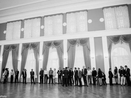 Акакий Акакиевич: Итоги года в диалоге
