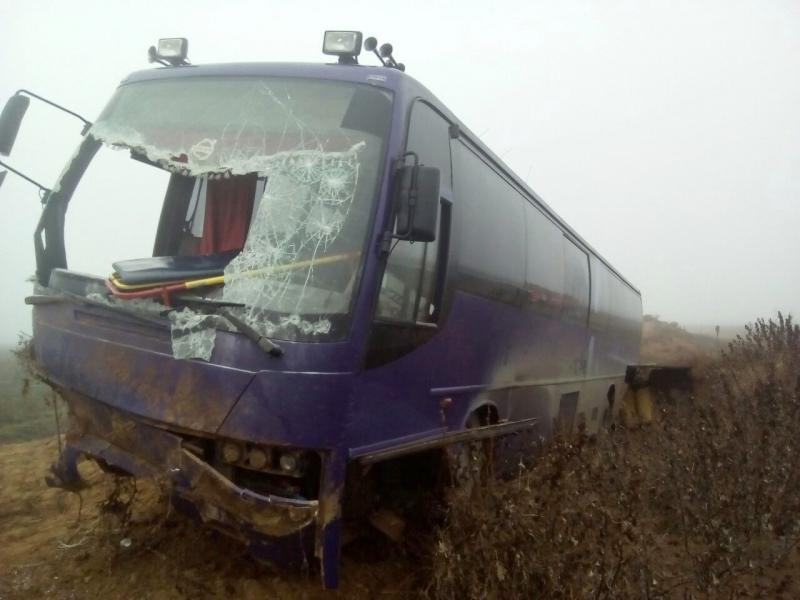 ВАстраханской области автобус вылетел вкювет. Пострадали три человека